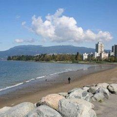 Отель Oceanside Hotel Канада, Ванкувер - отзывы, цены и фото номеров - забронировать отель Oceanside Hotel онлайн пляж