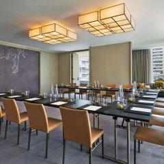 Отель Four Seasons Hotel Toronto Канада, Торонто - отзывы, цены и фото номеров - забронировать отель Four Seasons Hotel Toronto онлайн помещение для мероприятий фото 2