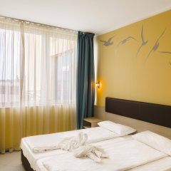 Blue Pearl Hotel Солнечный берег комната для гостей фото 2