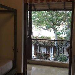 Отель Fort Square Boutique Villa Шри-Ланка, Галле - отзывы, цены и фото номеров - забронировать отель Fort Square Boutique Villa онлайн балкон