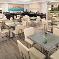 Отель Melia Marbella Banus гостиничный бар