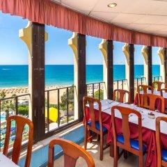 Отель Monica Isabel Beach Club балкон
