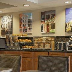 Отель Georgetown Suites питание