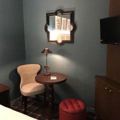 Отель Les Tournelles Париж удобства в номере