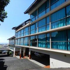 Отель Tahiti Airport Motel парковка