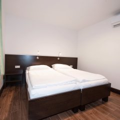 Отель Pension Konigs Cafe Австрия, Вена - отзывы, цены и фото номеров - забронировать отель Pension Konigs Cafe онлайн комната для гостей фото 2