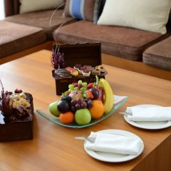 Отель Yas Island Rotana в номере