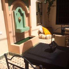 Отель Riad Sarah et Sabrina Марокко, Марракеш - отзывы, цены и фото номеров - забронировать отель Riad Sarah et Sabrina онлайн комната для гостей фото 3