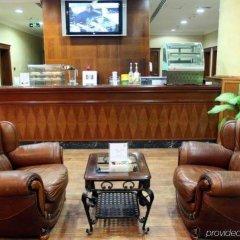Отель Grand Excelsior Hotel Sharjah ОАЭ, Шарджа - 1 отзыв об отеле, цены и фото номеров - забронировать отель Grand Excelsior Hotel Sharjah онлайн интерьер отеля фото 2