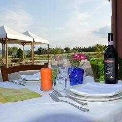 Отель Country House Le Meraviglie Италия, Реканати - отзывы, цены и фото номеров - забронировать отель Country House Le Meraviglie онлайн питание