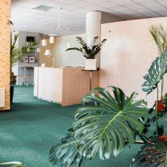 Гостиница Мирный курорт Одесса спортивное сооружение