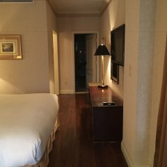 Avalon Hotel сейф в номере