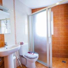 Отель Retreat Serviced Apartments Непал, Катманду - отзывы, цены и фото номеров - забронировать отель Retreat Serviced Apartments онлайн ванная