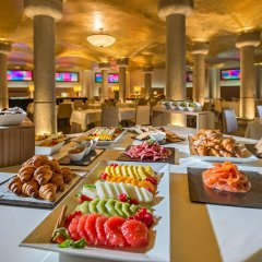 Отель Suites Center Barcelona Барселона гостиничный бар