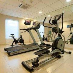 Отель City Express Mazatlán фитнесс-зал фото 3