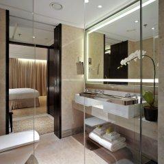 Отель Singapore Marriott Tang Plaza Hotel Сингапур, Сингапур - отзывы, цены и фото номеров - забронировать отель Singapore Marriott Tang Plaza Hotel онлайн ванная