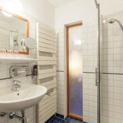 Отель Boutique Guesthouse arte vida Австрия, Зальцбург - отзывы, цены и фото номеров - забронировать отель Boutique Guesthouse arte vida онлайн ванная