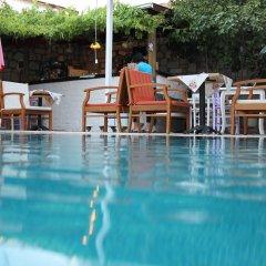 Отель Alacati Asmali Konak Otel Чешме с домашними животными
