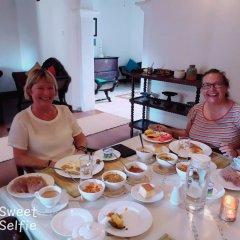 Отель Villa Razi Шри-Ланка, Галле - отзывы, цены и фото номеров - забронировать отель Villa Razi онлайн питание