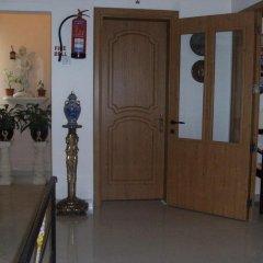 Отель Lantern Guest House Мальта, Зеббудж - отзывы, цены и фото номеров - забронировать отель Lantern Guest House онлайн интерьер отеля