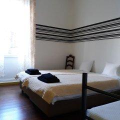 Отель 1 of Us Hostel Португалия, Понта-Делгада - отзывы, цены и фото номеров - забронировать отель 1 of Us Hostel онлайн фото 10