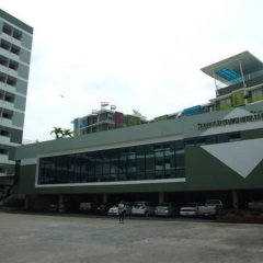 My Hotel Ratchada Бангкок парковка