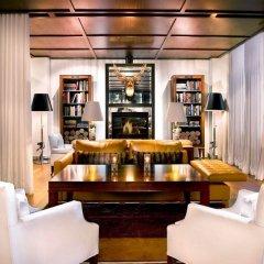 SLS Hotel, a Luxury Collection Hotel, Beverly Hills гостиничный бар