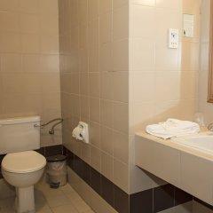 Отель The Santa Maria Hotel Мальта, Буджибба - 8 отзывов об отеле, цены и фото номеров - забронировать отель The Santa Maria Hotel онлайн ванная