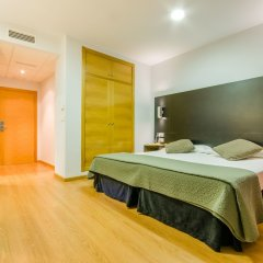 Hotel YIT Alcover комната для гостей