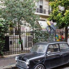 Отель Ambassador Hideaway Париж парковка