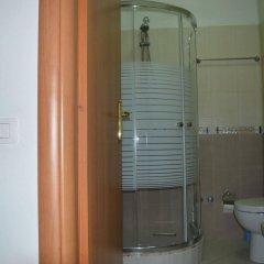 Отель Oaz Албания, Голем - отзывы, цены и фото номеров - забронировать отель Oaz онлайн ванная