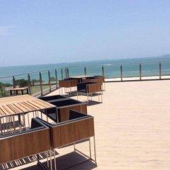 Отель Away Baan Plai Haad Wongamat пляж