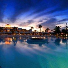 Отель Djerba Plaza Hotel Тунис, Мидун - отзывы, цены и фото номеров - забронировать отель Djerba Plaza Hotel онлайн приотельная территория фото 2
