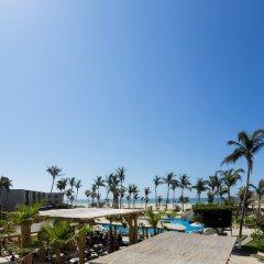 Отель Holiday Inn Resort Los Cabos Все включено парковка
