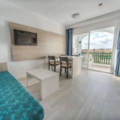 Отель Holiday Centre Apartments Испания, Санта-Понса - отзывы, цены и фото номеров - забронировать отель Holiday Centre Apartments онлайн комната для гостей фото 2