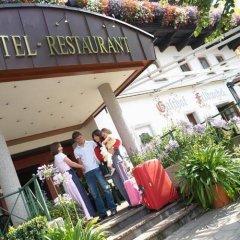 Отель Feldwebel Австрия, Зёлль - отзывы, цены и фото номеров - забронировать отель Feldwebel онлайн парковка