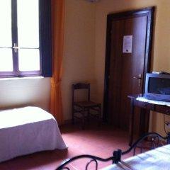 Отель Agriturismo Il Giglio Ористано удобства в номере