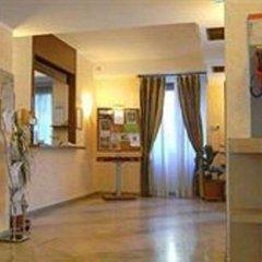 Отель IH Hotels Milano ApartHotel Argonne Park Италия, Милан - 2 отзыва об отеле, цены и фото номеров - забронировать отель IH Hotels Milano ApartHotel Argonne Park онлайн интерьер отеля фото 3
