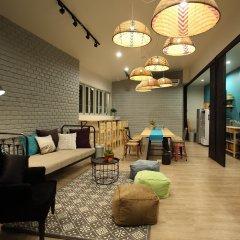 Lupta Hostel Patong Hideaway интерьер отеля