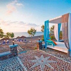 Отель Mediterranean Beach Palace Hotel Греция, Остров Санторини - отзывы, цены и фото номеров - забронировать отель Mediterranean Beach Palace Hotel онлайн пляж фото 2