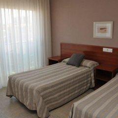 Отель Evenia Platja Mar Испания, Калафель - отзывы, цены и фото номеров - забронировать отель Evenia Platja Mar онлайн комната для гостей фото 5