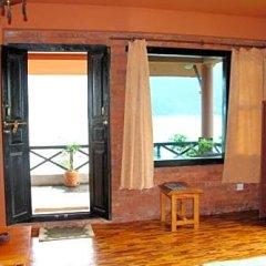 Отель Nar-Bish Hotel Непал, Покхара - отзывы, цены и фото номеров - забронировать отель Nar-Bish Hotel онлайн комната для гостей фото 2