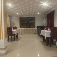 Embassy Suites Hotels & Restaurant in Monrovia, Liberia from 184$, photos, reviews - zenhotels.com meals