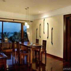 Отель Nikko Bali Benoa Beach Индонезия, Бали - отзывы, цены и фото номеров - забронировать отель Nikko Bali Benoa Beach онлайн удобства в номере