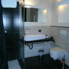 Отель La Foresteria Canavese Country Club Италия, Шампорше - отзывы, цены и фото номеров - забронировать отель La Foresteria Canavese Country Club онлайн ванная