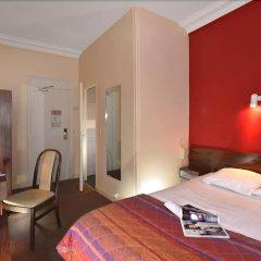 Отель ROULE Нёйи-сюр-Сен комната для гостей