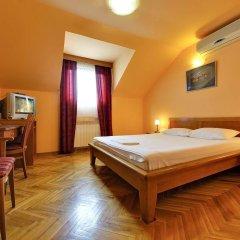 Sucevic Hotel сейф в номере