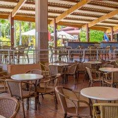 Отель Be Live Experience Turquesa All Inclusive гостиничный бар