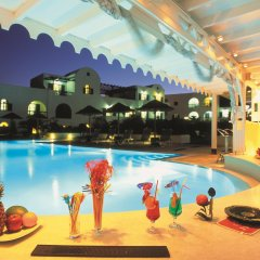 Отель Mediterranean White Остров Санторини бассейн
