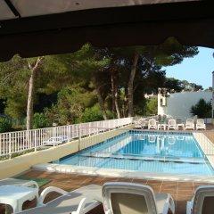 Отель Alta Galdana Playa бассейн